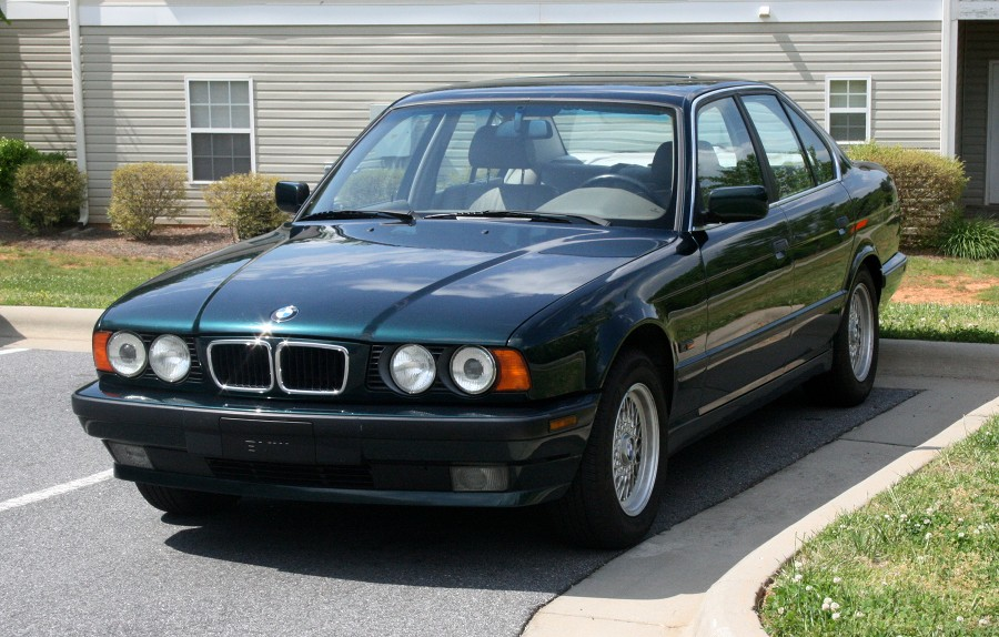 5mall5nail5 S 1995 Bmw 525i Journal